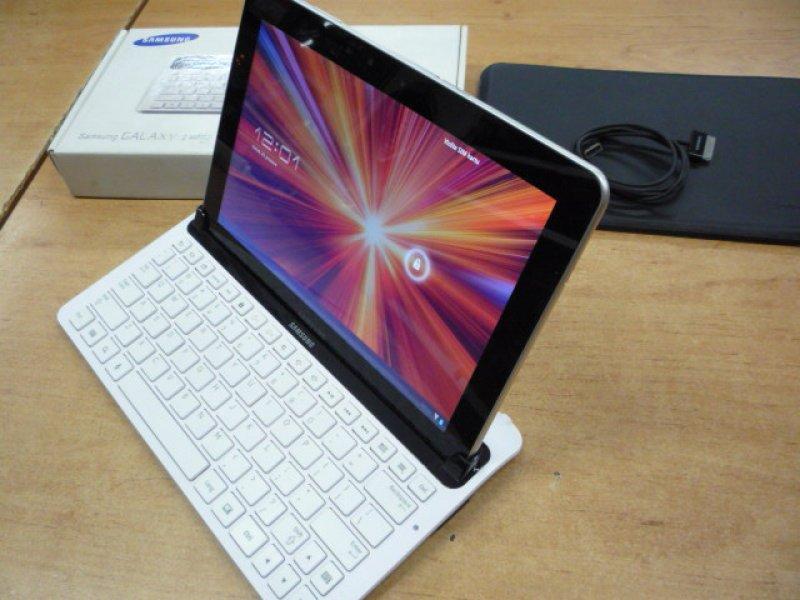 Samsung Galaxy Tab 10.1 GT-P7500 + klávesnice a pouzdro  94905a66af0